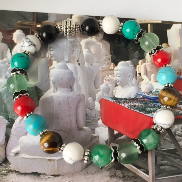 bijou de pierre de jade