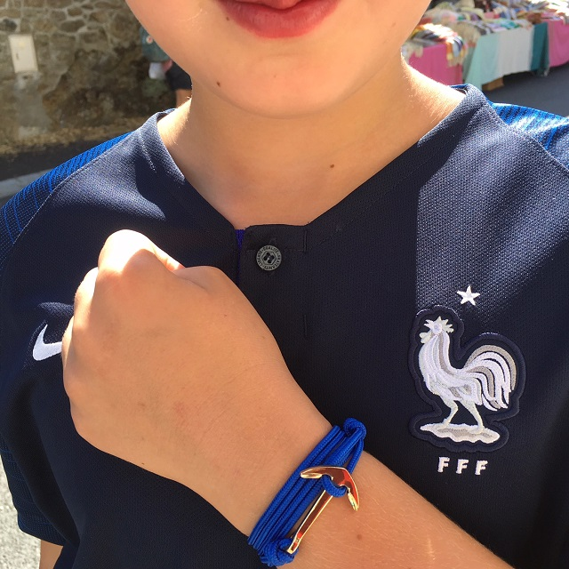 FFF et bracelet ancre bleu