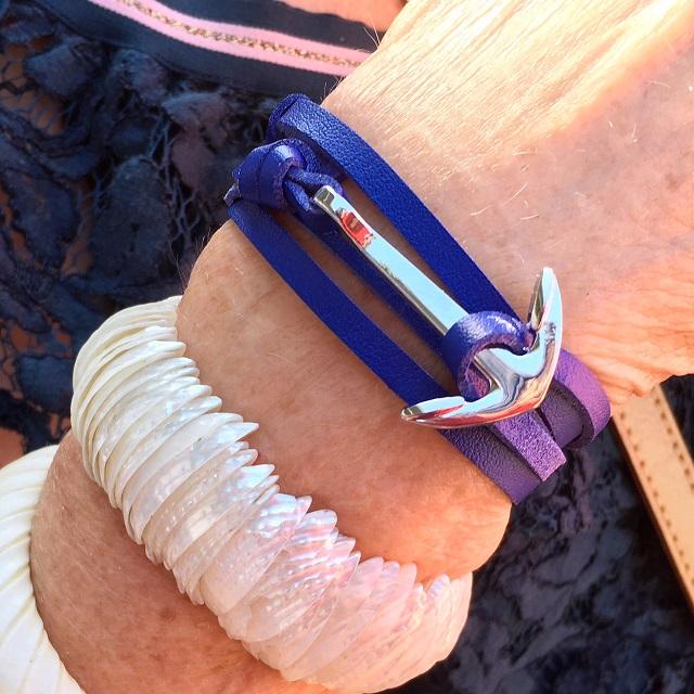 bracelet ancre bleue