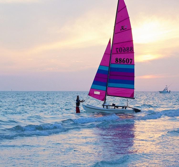 voilier prêt à prendre la mer