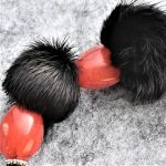 fourrure, vison en rouge et noir