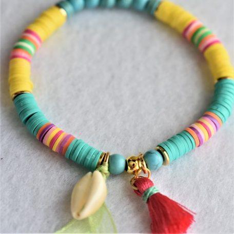 couleur chamallow ,perles heishi et rondelles d'argile polymère