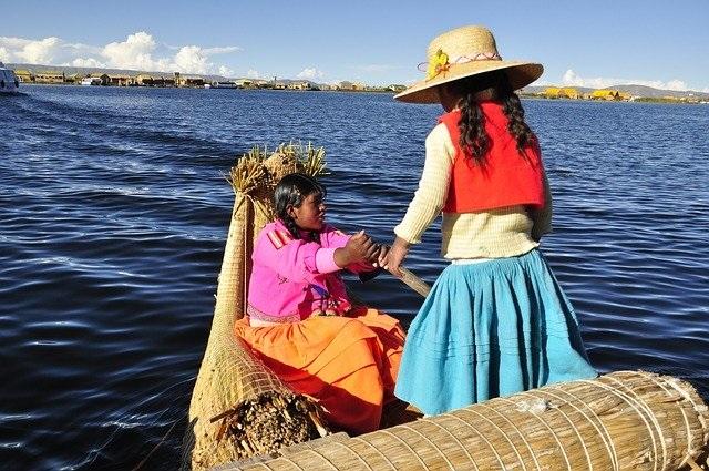 bolivie pour ses influences de couleurs amérindiennes