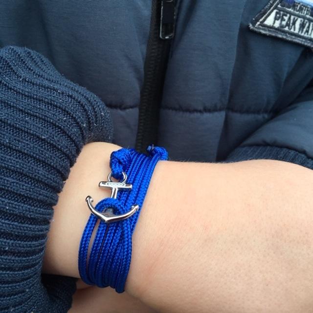ancre bleu royal