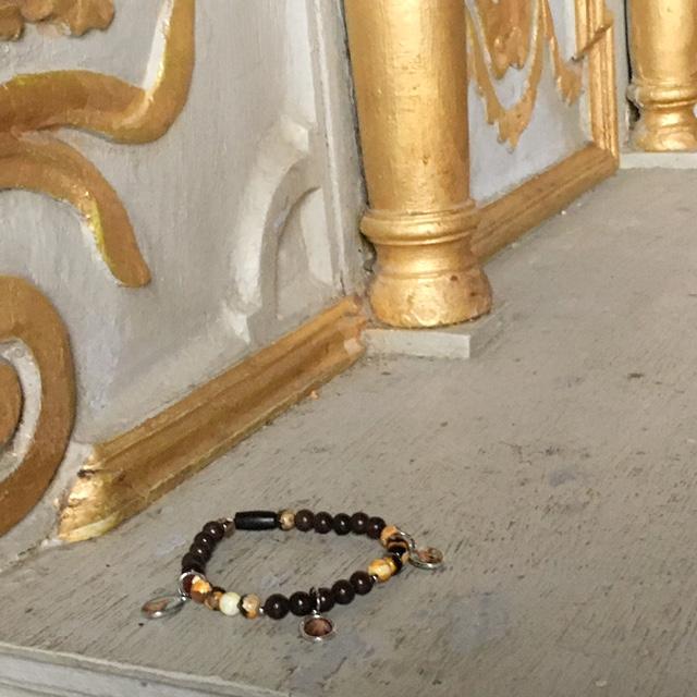 eglise et bijoux